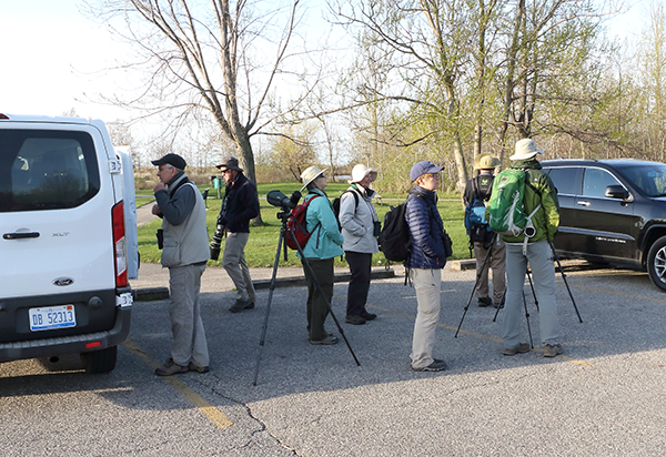 Birdfinders' group at Tawas Point)